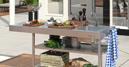 Nu ruller køkkenet ud med sommerglad mad