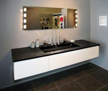 Produktnyhed til badeværelset: Bordplade og vask hugget ud af ét ...